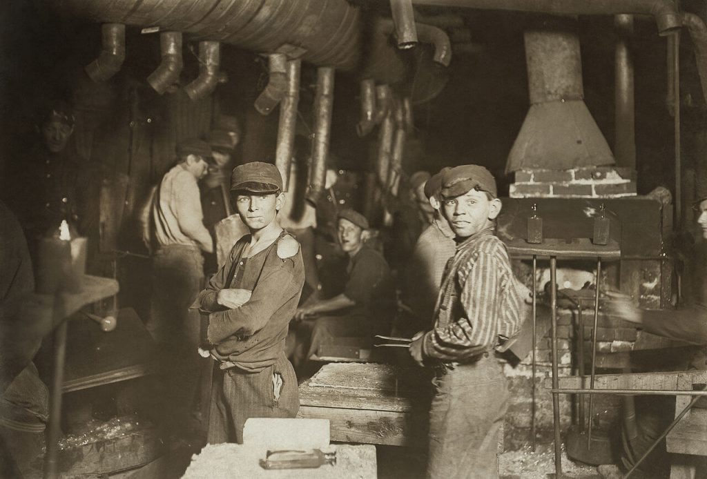 Children working in an Indiana glass factory cir. 1908. Before HR was HR, it started with welfare secretaries that would ensure proper working conditions for women and children.