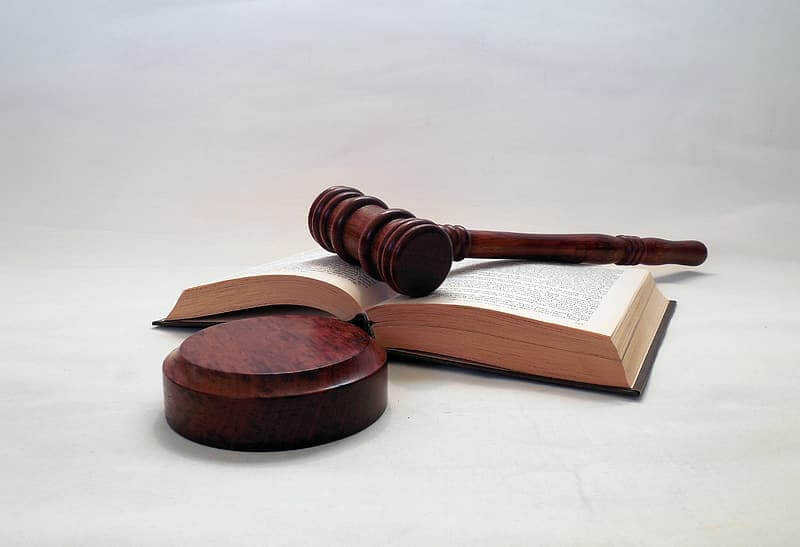 Photo of a judge's gavel on a book, indicating the final rule for joint employment status.