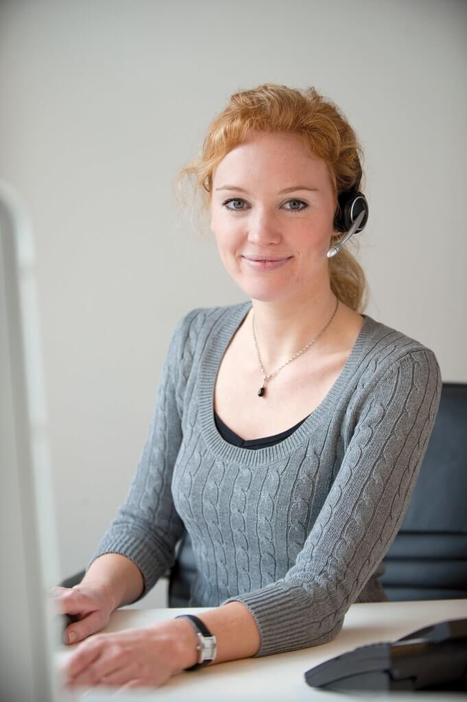 Image of a dedicated customer care specialist providing a personalized customer experience.