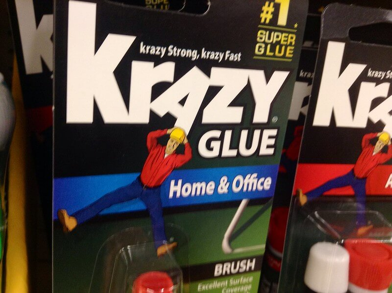 Photo of the cover of a Krazy Glue box.
