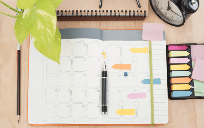 new years resolutions for businesses planner