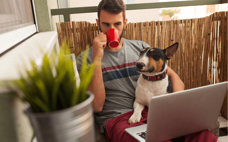 managing remote workers home